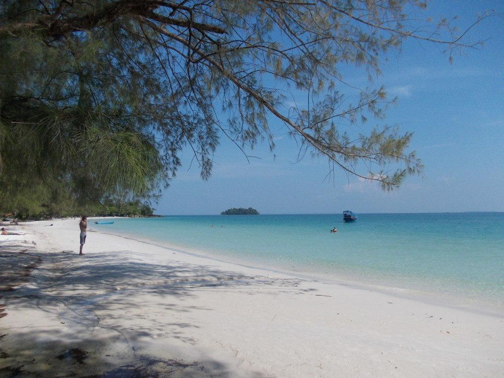 Bãi biển cát trắng Phú Quốc