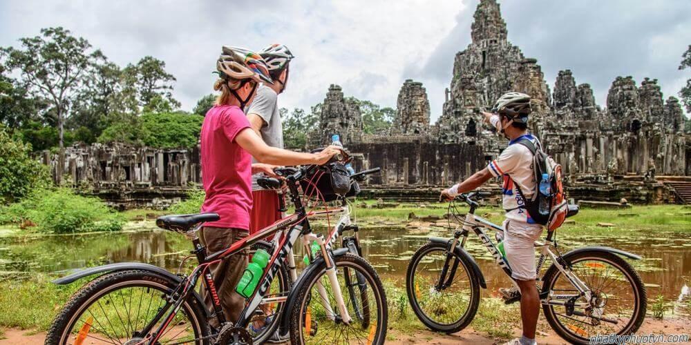 Khám phá Angkor bằng xe đạp